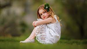 Cute Little Girl Wallpaper HD ...