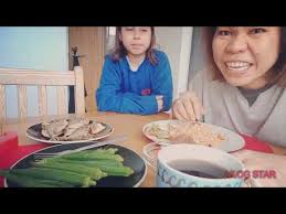 My first mukbang.My favorite food! - YouTube