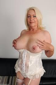 Hot mature grannie clips