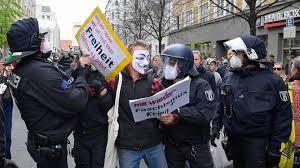 Verzet tegen coronamaatregelen groeit in Duitsland: 'Aan ons is niks  gevraagd'