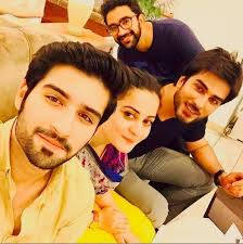 aiman muneeb celebrating birthday of imran abbas on drama set  aiman muneeb celebrating birthday of imran abbas on drama set 3