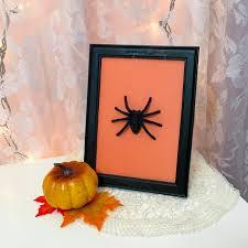 diy spider frame art 3 easy
