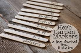 garden labels. Herb Garden Markers Tutorial DIY (Free Download) Via Lilblueboo.com Labels