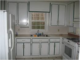 i want to paint my kitchen cupboards get kitchen cabinets painted best paint to use on