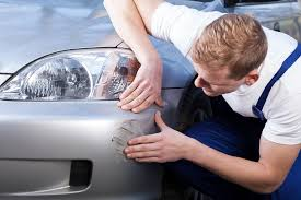 scratch repair before you begin the repair make sure the area is clean dry and free from debris using regular car shampoo and a sponge or microfibre