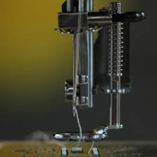 Universal Free Motion Embroidery Foot - The Make & Do Studio &  Adamdwight.com
