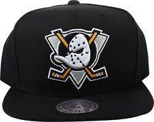 Хоккейные кепки, <b>бейсболки</b> и шапки <b>Mitchell & Ness</b> — купить c ...