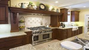 Mural Tiles For Kitchen Decor kitchen Attractive Country Kitchen Wall Decor Ideas With Beige 59