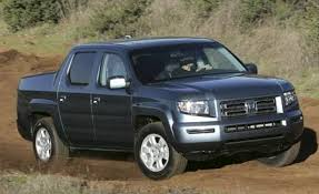 Honda Ridgeline Model Comparison Chart 2006 Honda Ridgeline Vs The Mid Size Competition Car And