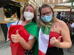 Italia - Inghilterra: il tifo dei cremonesi in piazza - CremonaSport