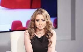 إعلامية كويتية تسخر من تصريحات رغد صدام: تموتون...