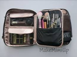 i d like a bigger makeup bag to sort and my makeup in my tiny one is over flowing and doesn t hold much