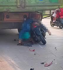 Tabrak Truck Dari Belakang, Warga Penengahan Meninggal ...