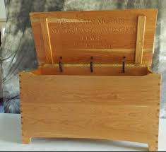 amish brown maple or quarter sawn or oak or cherry furniture shaker large dovetail toy box