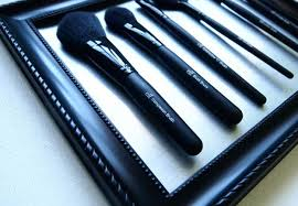 makeup brush organizer ideas. diy makeup organizing ideas - picture frame brush holder projects for drawer, organizer
