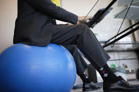 ask well do ball chairs offer benefits the new york times in yoga ball desk chair