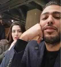 """زوج روان بن حسين يحمي طفلته ويوجه رسالة قصيرة عن """"الفضيحة"""""""