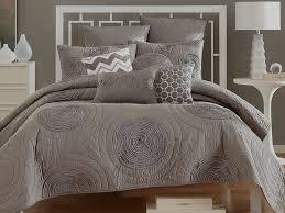 contemporary bedding sets  spillo caves