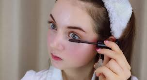 makeup tutorial that ll have your face keeping that well hydrated look rtm rightthisminute