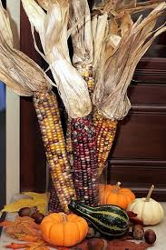 Easy Fall Decor using natural, inexpensive grocery store supplies.  www.theyummylife.com