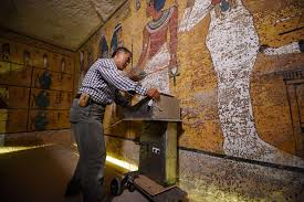 radar scans in king tut s tomb suggest hidden chambers