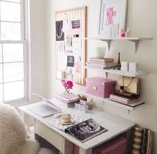 feminim office gold and pink office pretty office