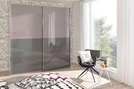 Schlafzimmer In Flieder Gestalten Wandfarbe At Grau Love Calculatorme