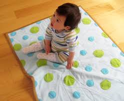 5 Circle Quilt Patterns to Try & Circle Baby Quilt Adamdwight.com