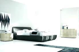 Lacquer bedroom furniture Italian Style Italian Lacquer Bedroom Set White Bedroom Set Lacquer Sets Luxury Furniture High Gloss Italian Black Lacquer Bedroom Furniture Italian Lacquer Bedroom Set White Bedroom Set Lacquer Sets Luxury