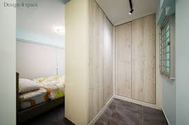 Master bedroom wardrobe interior design Condo The Lshaped Walkin Closet Is Also Ideal For Hdb Master Bedrooms That Have Windows On More Than One Side Of The Room The Additional Window Positioned Ways To Squeeze Walkin Wardrobe In Your Hdb Bedroom no Wall