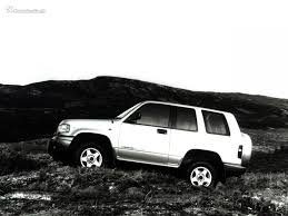 Isuzu Trooper II 3.1d AT 4WD specifications and technical data ...