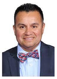 "McFarland USA"" runner Thomas Valles headlines Hispanic Heritage Month event  (1) - University of Southern Indiana"