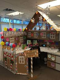 office holiday decor. my office cubicle for a contest i won all hand made holiday decor