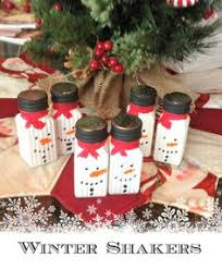 Easy Snowman Salt And Pepper Shakers  Craft Snowman And Craft FairsShaker Christmas Craft Fair