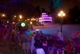 halloween party lighting. mickeyu0027s halloween party in disneyland park lighting