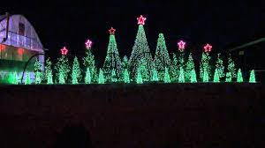 Christmas Lights House Synchronized Music Jingle Bells Techno Synchronized Christmas Light Show To