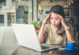 Sakit kepala sinus disebabkan oleh karena peradangan yang terjadi pada rongga sinus yang terletak pada dahi, hidung dan sekitar mata. 5 Penyebab Sakit Kepala Bagian Depan Beserta Ciri Cirinya Honestdocs