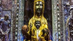 Santo lukas dalam injilnya melukiskan santa elizabeth dan suaminya zakharia sebagai : Mary Biography Bible References Significance Miracles Britannica