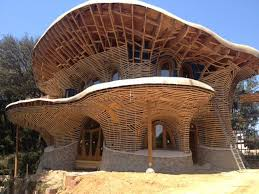 El Palol organic house in Spain. There is no straight edge in that building  and most natural materials are used building this house. Bolefloor Oak