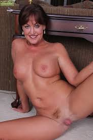 Pretty naked mature women