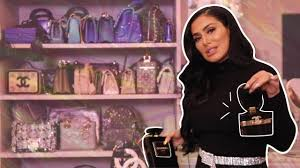 Welcome to my Closet Tour! | جولة في خزانتي! - YouTube