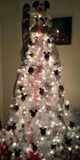 pallet corner christmas tree. my mickey mouse xmas tree son would truly have his christmas made by this pallet corner