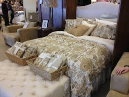 Pottery Barn Outlet Shopping