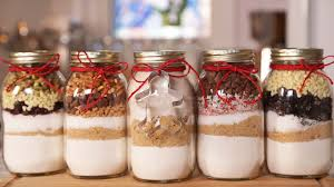 Cookie Mix In A Mason Jar Recipe Christmas Cookies In A Jar The Domestic Geek 9