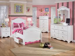Of Teenage Girls Bedrooms Teenage Girl Room Ideas To Show The Characteristic Of The Owner