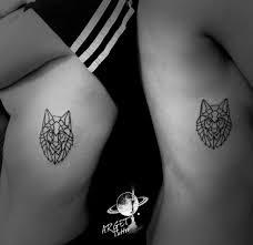 тату для двоих на боку у девушек волк фото рисунки эскизы