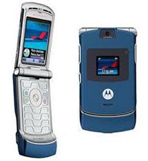 motorola flip phone 2005. in 2005, the motorola razr v3 hit market and sold 130 million units, making it highest selling clam phone, or flip ever. phone 2005
