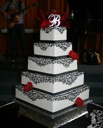 11 Quince Cakes Red Black Photo Red White And Black Sweet 16
