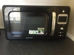 daewoo retro microwave 20l 800w black kor7lbkb