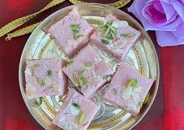 Steps to Make Award-winning Pink tea fudge | Recipes Spot